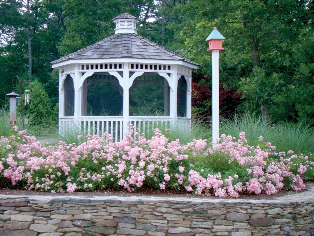 https://www.pineharbor.com/wp-content/uploads/2019/05/gazebo-002-1024x768.jpg